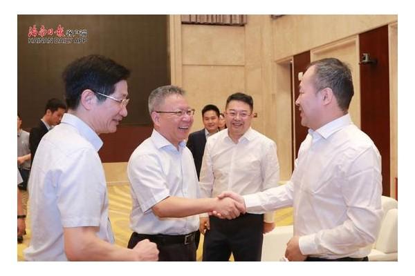 沈晓明会见全国工商联副主席李兆前(图)